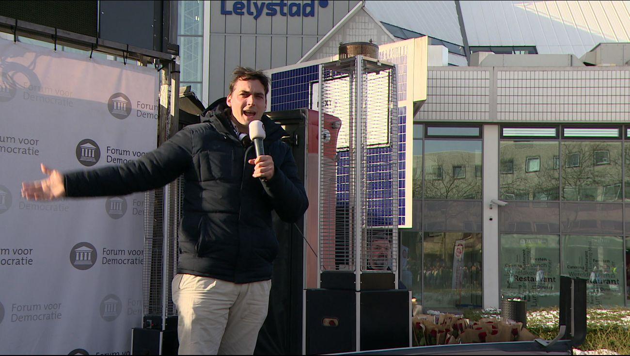 Nieuws - Baudet met verkiezingskaravaan in provinciehoofstad - Omroep Flevoland